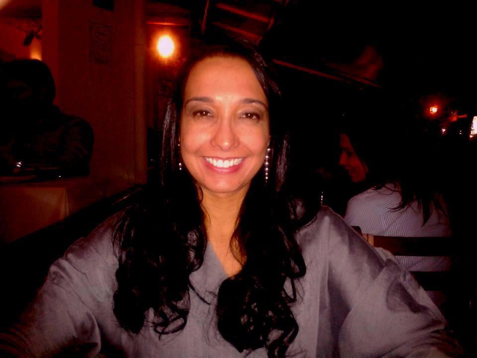 Profa. Carolina Santana - Língua Portuguesa