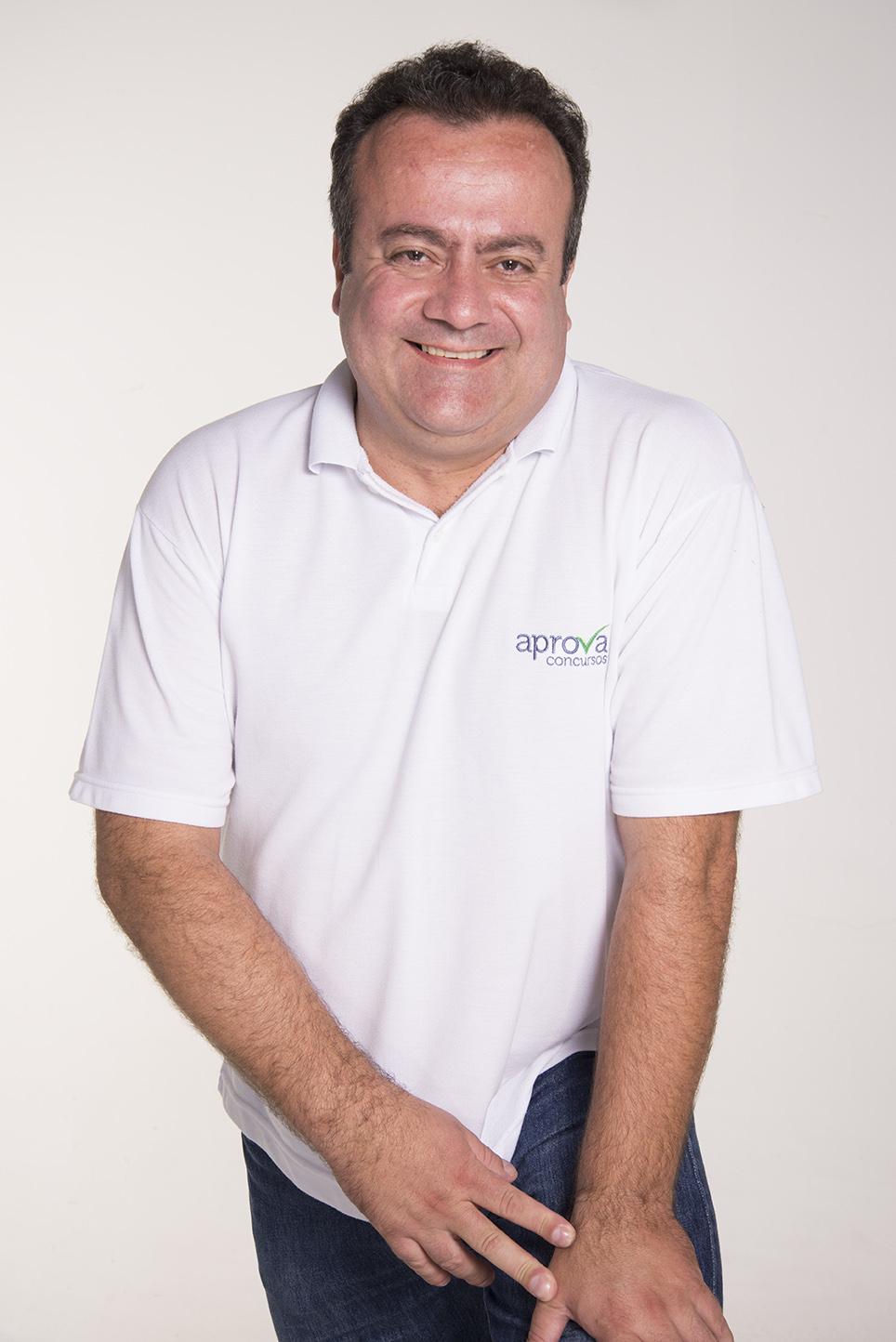 Prof. Rivaldo Machado - Atualidades